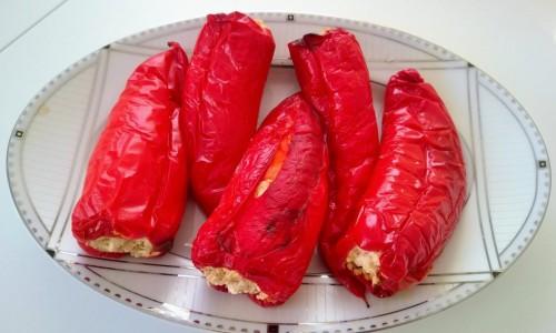 Peynirli Kırmızı Biber Dolması